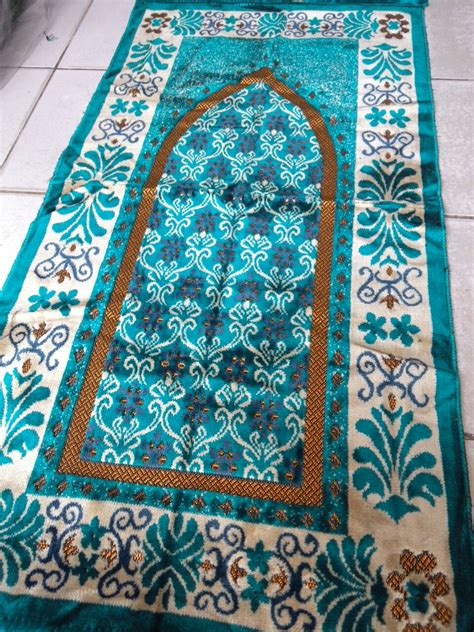 Souvenir Sajadah Motif Zahra Biru 301 moved permanently