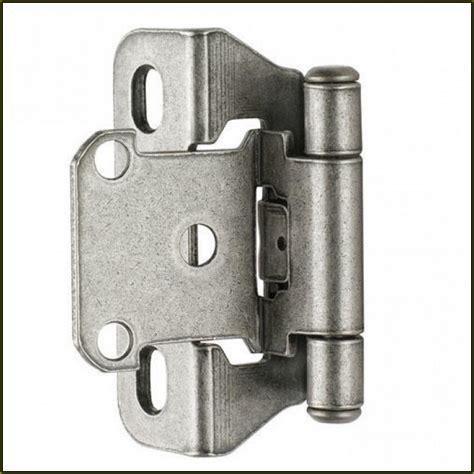 adjusting kitchen cabinet hinges how to adjust self closing kitchen cabinet hinges
