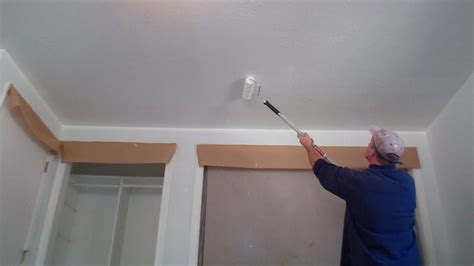 Decke Streichen by Interior Painting Step 2 Painting The Ceiling