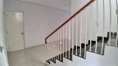 disewakan rumah  minimalis  putat indah surabaya barat