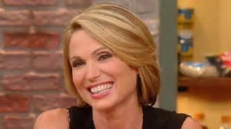 amy robach haircut amy robach reveals how robin roberts saved her life
