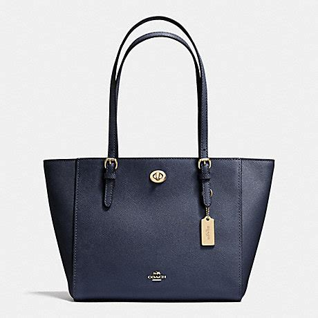 Tas Coach Original Coach Kelsey Small Studded Border Black M coach f36455 turnlock small tote in crossgrain leather light gold navy coach handbags