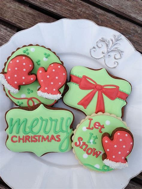ideas about how to decorate christmas cookies like a pro