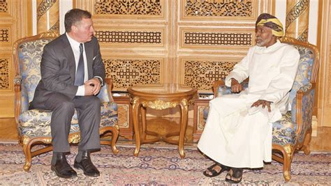 Sarung Al Barkaah New in pictures his majesty the sultan meets king of times of oman