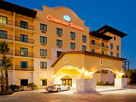 comfort suites live oak san antonio comfort suites riverwalk san antonio travelpony hotel deals