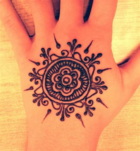 simple beginner tattoo designs 25 best ideas about easy henna on henna