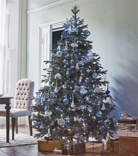 decoration de sapin de noel photo d 233 co sapin de no 235 l des d 233 corations bleu et argent