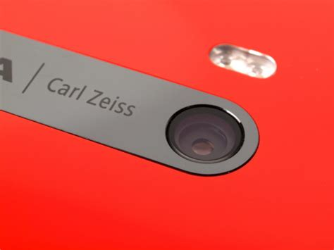 nokia smartphone to get carl zeiss optics again
