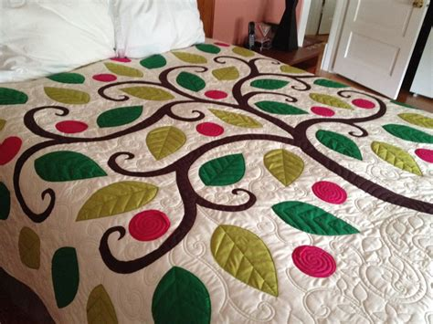 Applique Quilts by Tree Applique Quilt 171 Paley S