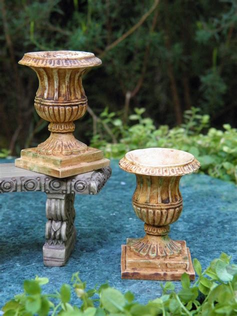 Garden Accessories Ebay Miniature Dollhouse Garden Accessories Aged Resin