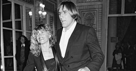 G 233 Rard Depardieu Elisabeth Julie Carole Bouquet Les