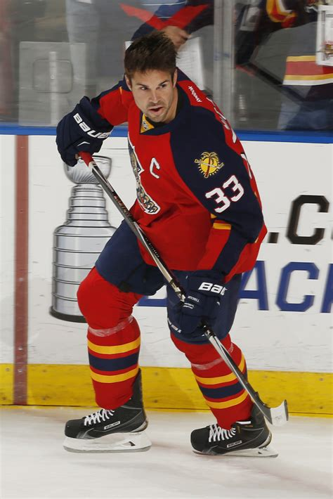 willie mitchell florida panthers 2015 2016 stats willie mitchell photos photos boston bruins v florida