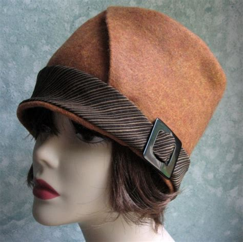 vintage womens sewing hat pattern with bias cut brim chemo