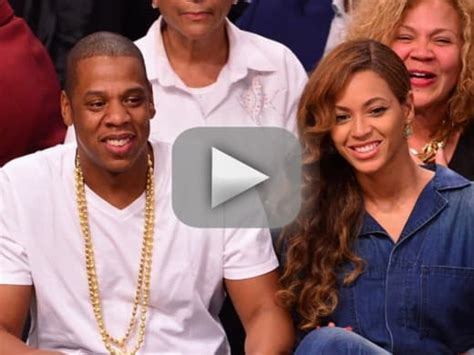 beyonce jay z are not heading for divorce in fact they beyonce wedding ring tattoo removed the hollywood gossip