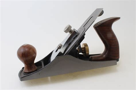 what is a bench plane used for bench plane a4 smoothing robert larson company