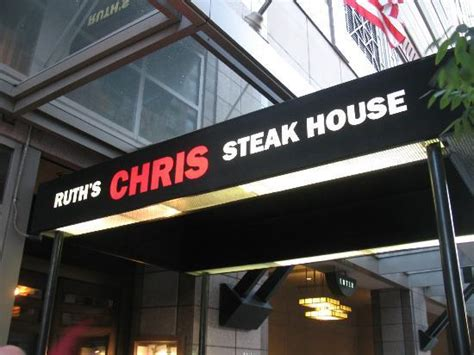 chris steak house inside the restaurant picture of ruth s chris steak house seattle tripadvisor