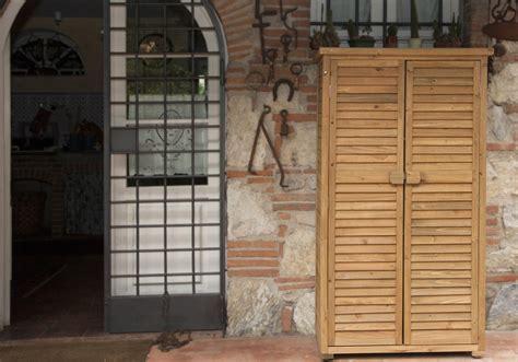 armadietto esterno armadietto in legno da esterno playingwithfirekitchen