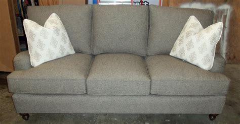 chatham sofa barnett furniture king hickory chatham sofa