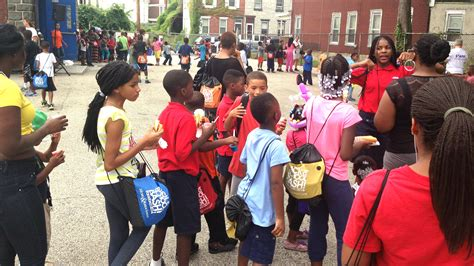 back to school backpack giveaway gets students ready for the year with free school - Back To School Backpack Giveaway
