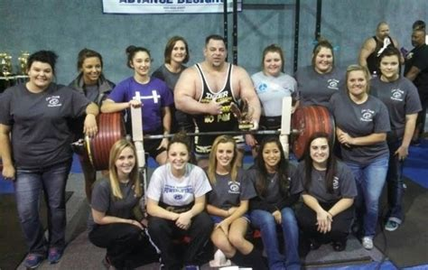 tiny meeker bench press meeker sets world record with 1 102 lbs bench press