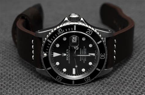 Professional Watches: REVIEW: What Rolex Submariner should I buy? New or Pre owned.