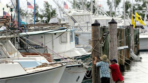 dinner key boat crash independence day boat collision in florida kills four
