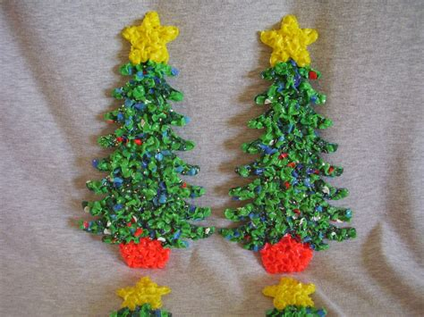 melted plastic popcorn decorations 4 small christmas trees
