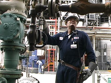 Refinery Operator elmi occupation report for petroleum system operators refinery operators and gaugers