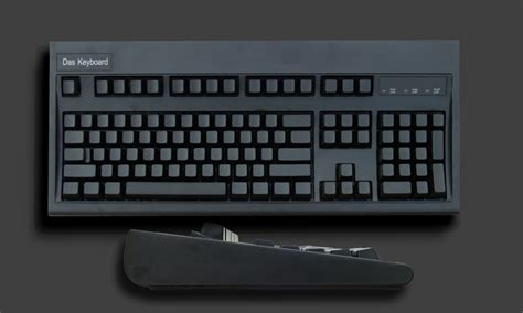 Sting Out Bland Keyboards by Blank Keyboard By Das Keyboard 187 Petagadget