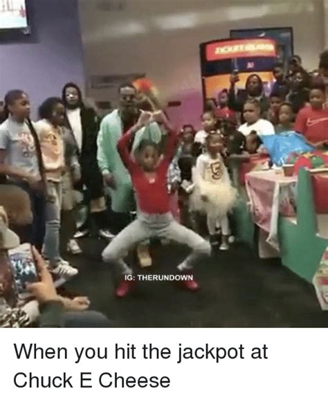 Chuck E Cheese Meme - ig therundown when you hit the jackpot at chuck e cheese