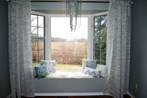 curtains on a bay window bay window tixeretne
