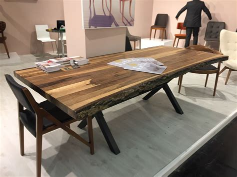 Live Edge Dining Room Table A Trip Into The World Of Stylish Dining Tables