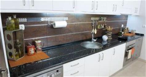 cambiar encimera cocina obras iluminar encimera de cocina bricoman 237 a
