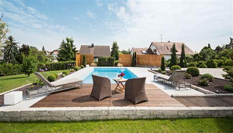 Gartenanlage Mit Pool by Freude Pur Am Pool Schwimmbad De