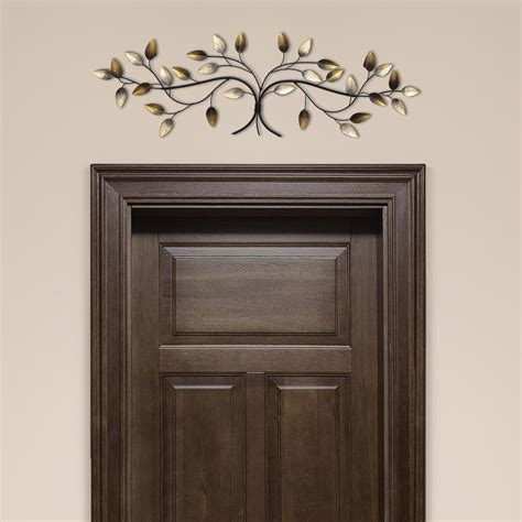 stratton home decor the door blowing leaves wall