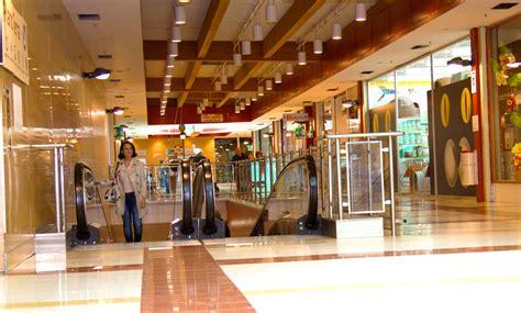 centro commerciale san al porto auchan una giornata di shopping al centro commerciale