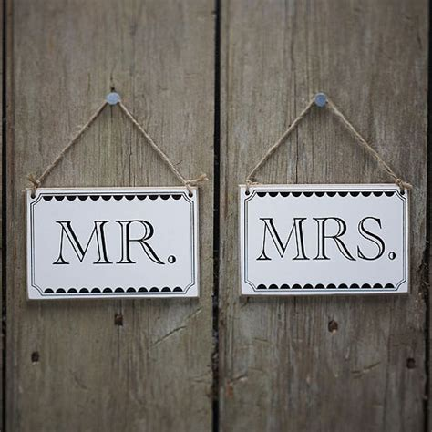 Mr And Mrs Chair Signs by Mr Mrs Chair Signs Confetti Co Uk