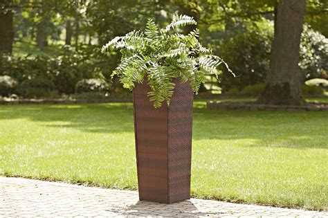 Planter Stand Outdoor by Cobraco Canterbury Basket Plant Stand Outdoor Living Outdoor Decor Planters