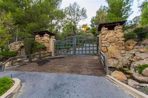 luxury homes for sale in calabasas ca countryside in calabasas california luxury