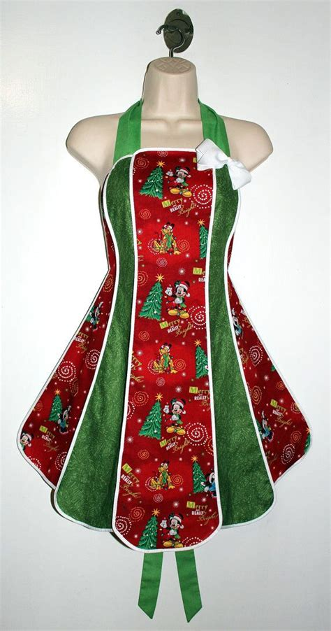 pattern christmas apron best 25 christmas aprons ideas on pinterest apron