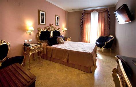 chambre d hotel de luxe chambres de luxe sup 233 rieures de notre h 244 tel 224 s 233 ville