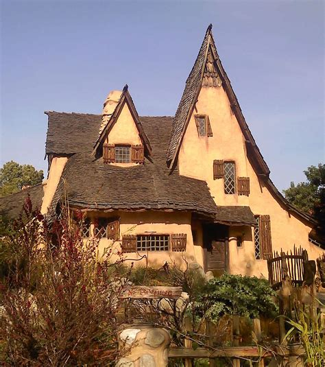 spadena house interior spadena house in beverly hills a storybook witch house