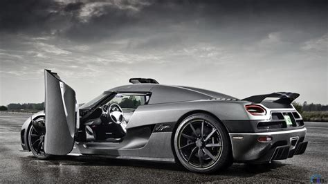 Koenigsegg Agera R Information 2011 Koenigsegg Agera R Pictures Information And Specs