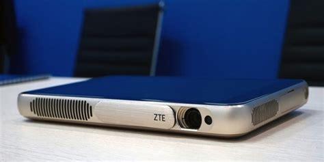Proyektor Lengkap Paket Lengkap Proyektor Zte Ini Terpasang Tablet Di