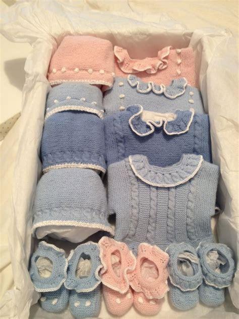 Kastri Set By Nj 1 caja de patucos chaquetas y capotas knitting pattern children stickat