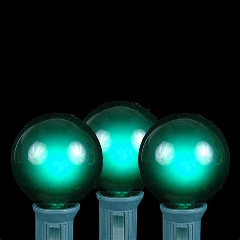 100 Green G40 Globe Round Outdoor String Light Set On String Light Sets