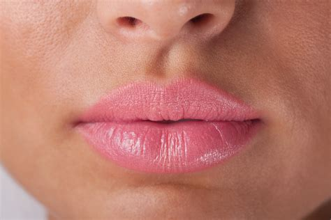 lip s glam greenie vitamin e beeswax moisturize your lips