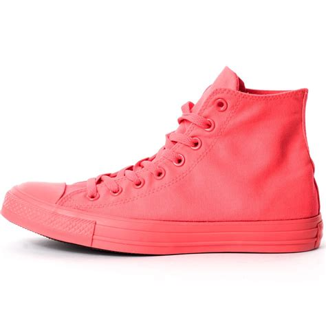 Converse Chuck Taylor Monochrome Triple Red Unisex Trainers in Red