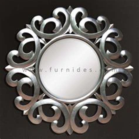 Kursi Grand Flower Kursi Ukiran Kayu Jati Interior Jepar cermin hias minimalis putih furnides mirror frame