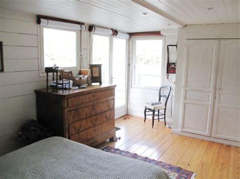 chambre flottante vingt huit ans 224 bord d une maison flottante